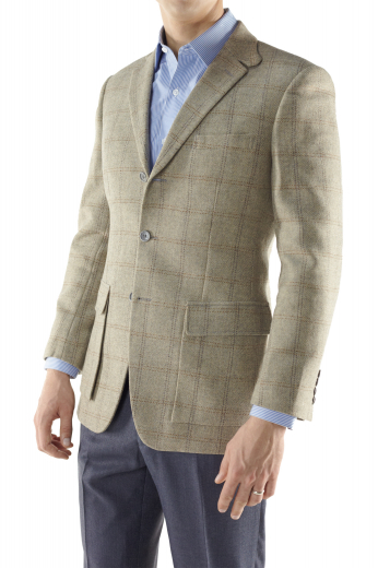 Men's Hunter Sports Coat with Traditional British Cut, Three Buttons, Cargo Pocket with Flaps and Notch Lapel
