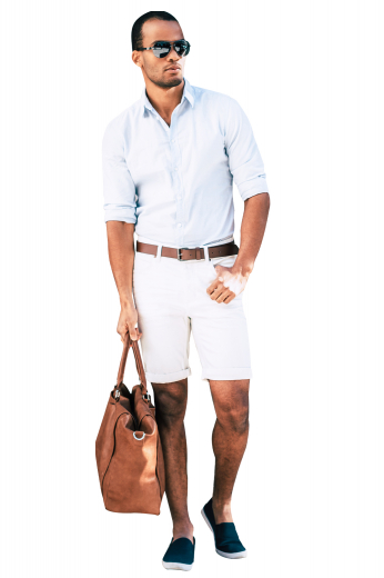 These white boating shorts are tailor made in a fine wool blend and cut to a slim fit, featuring slash pockets and extended belt loops. It is a great for casual outings.