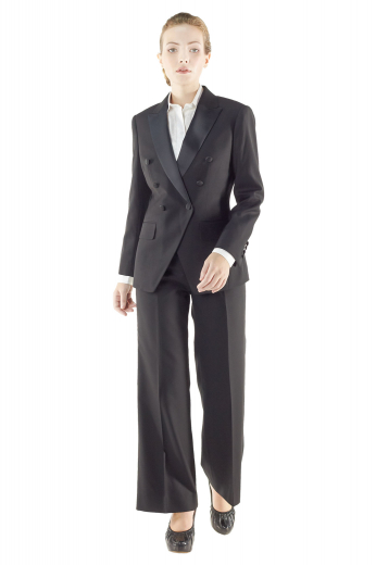 Classy black made to measure tuxedo jackets handmade with wool and/or cashmere. These tailor made double breasted tux jackets boast six fabric covered front buttons, one to close. They flash satin facing peak lapels, V cut bottoms, custom made flapped lower pockets and hand molded shoulders.